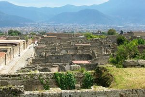 villaggio-le-palme-ascea-marina-luoghi-e-dintorni-scavi-di-pompei-002-18100708-300x200